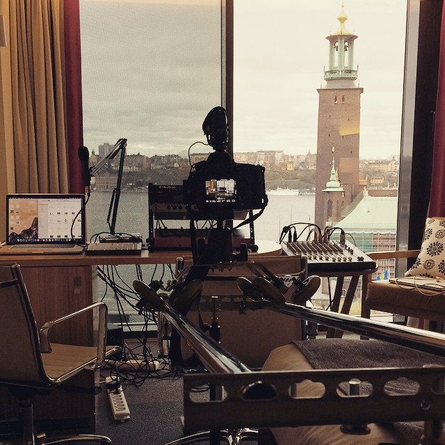 DIY Slider and Stockholm City Hall in the background
